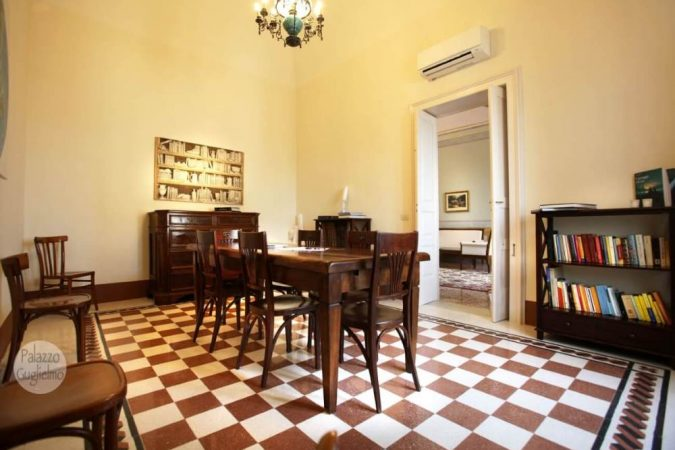 Palazzo Guglielmo Saloon (2)