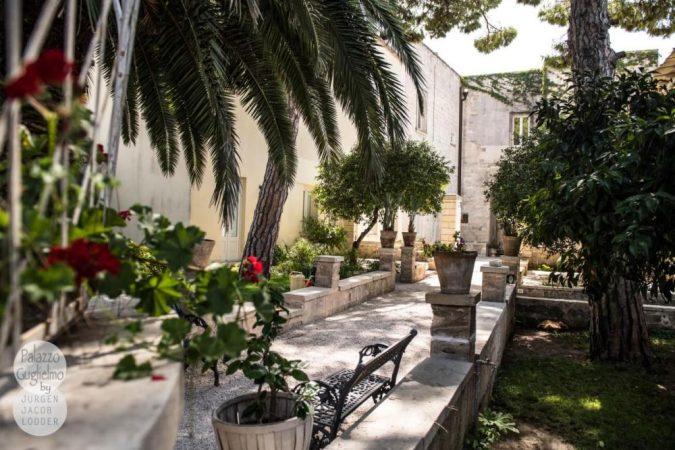 Palazzo Guglielmo garden (3)