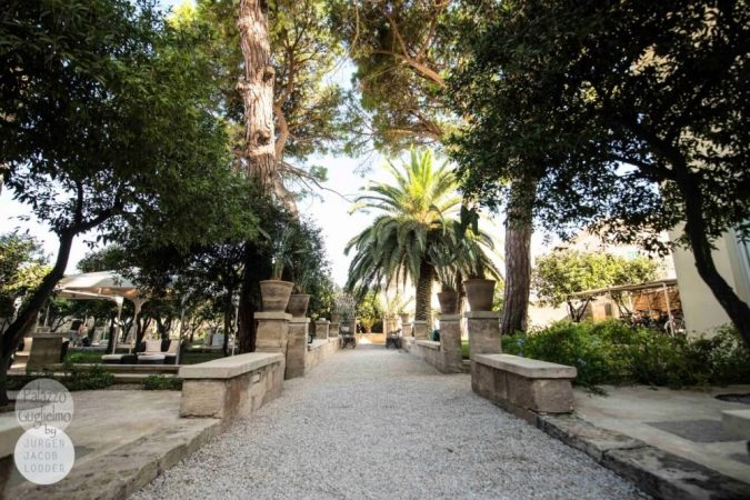 Palazzo Guglielmo garden